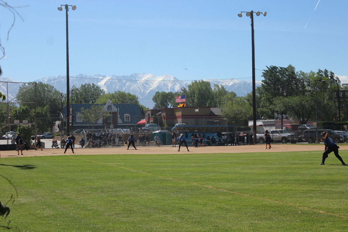 Softball+JV+UNDEFEATED