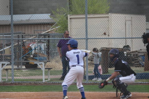 Rosamond Roadrunners Speed Past Broncos to 8-6 Win