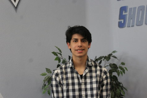 senior profile: Luis Esparza