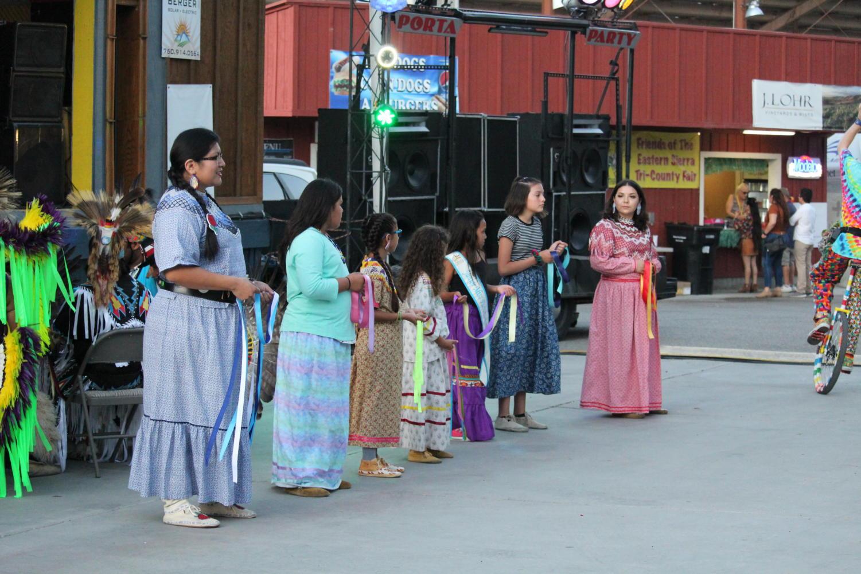 Traditional+Paiute+dancers