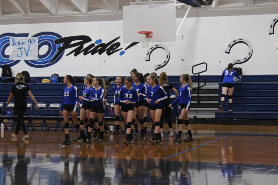 Bishop+JV+volleyball+team