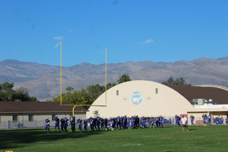 BUHS+JV+Football%2C+warming+up