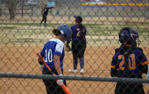 Varsity Softball vs Lone Pine Photos